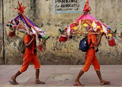 kanwariya2012b.jpg