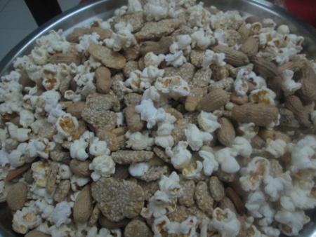 lohri14-popcorn.jpg