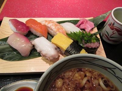 narita-sushi080113.jpg