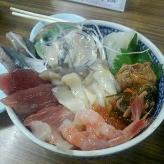 海鮮ミックス丼