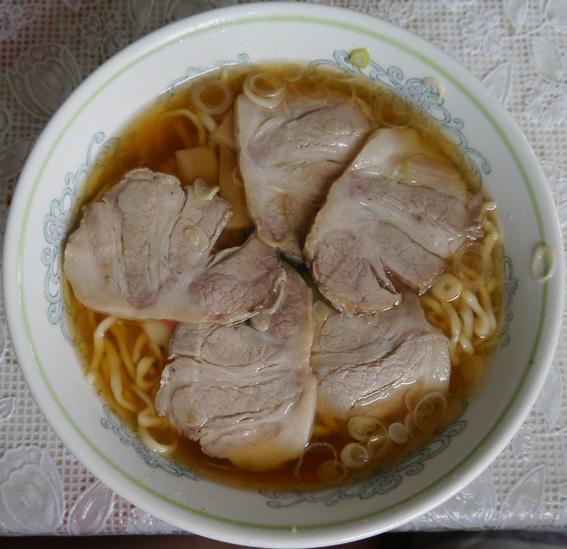 さかやチャーシュー麺