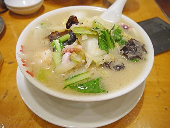 万豚記海鮮麺