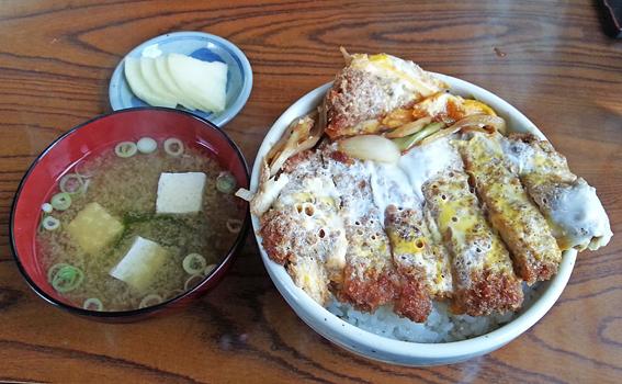 こたき食堂かつ丼3