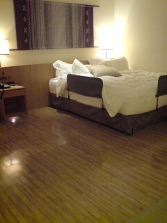 ホテルベッド改造