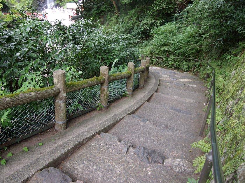 箕面の滝2