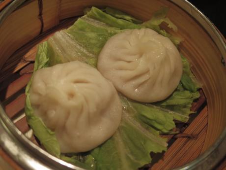 広東炒麺小龍包