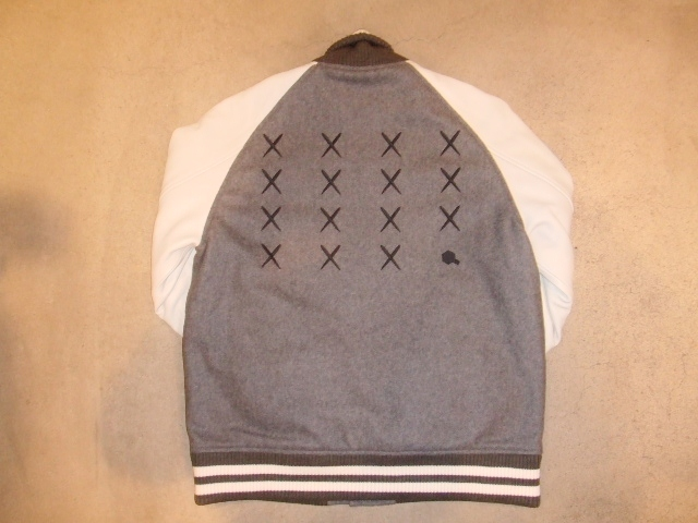 MDY 15th VARSITY JACKET2012 GRAY BK