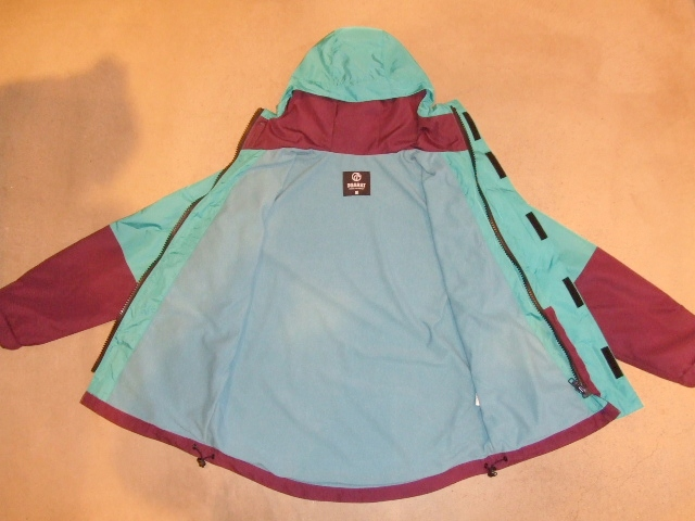 DOARAT TWO TONE MOUNTAIN PARKA TURQUOISE IN1