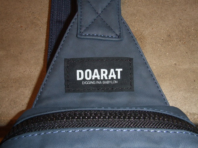 DOARAT TWO TONE BODY BAG NAVY TG