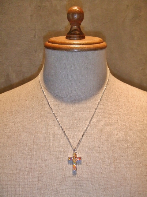 rehacer Flower cross necklace