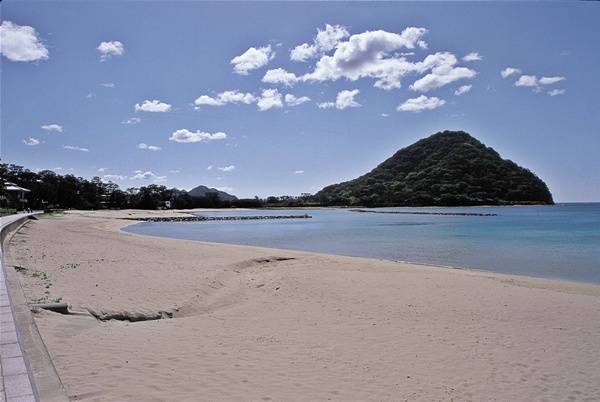 昼間の菊ヶ浜