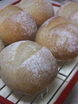 玄米酵母のぷちパン