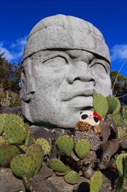 ばぶちゃん巨大なメキシコの石像と