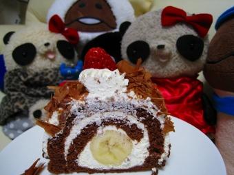 バナナとチョコのロールケーキ