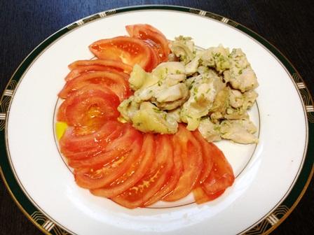 蒸し鶏とトマト