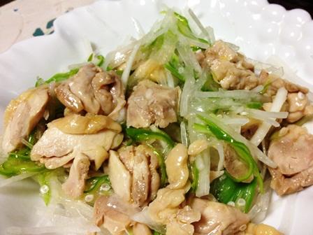 蒸し鶏と大根オクラのサラダ