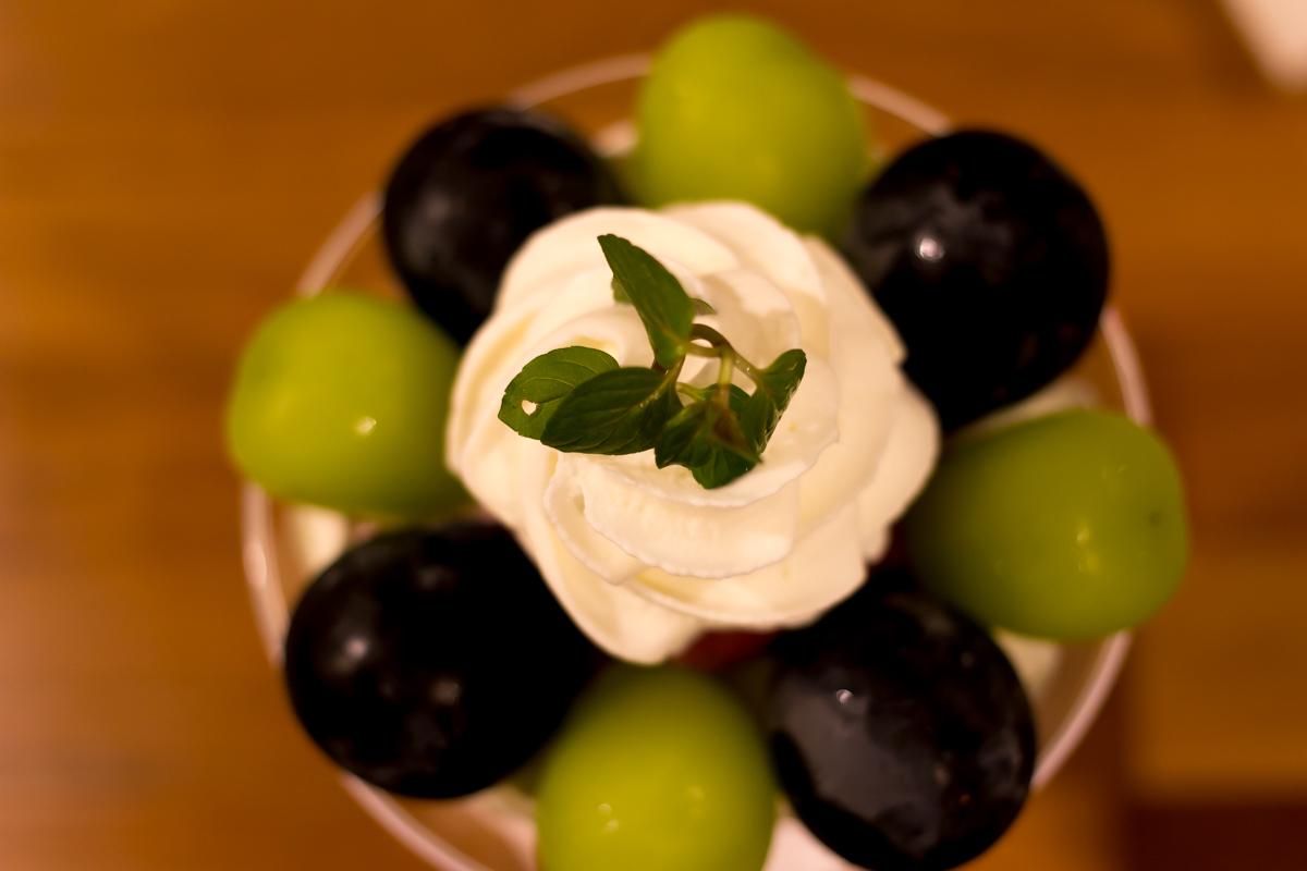 フルフル、ぶどうパフェ(3)