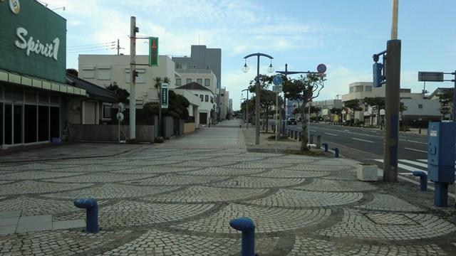 銚子駅へ向かう通り