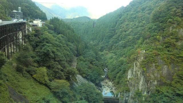 二瀬ダムから眺めた荒川の景色