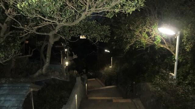 江ノ島の夜の遊歩道_その1