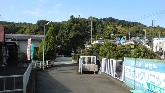 金谷駅の入口前