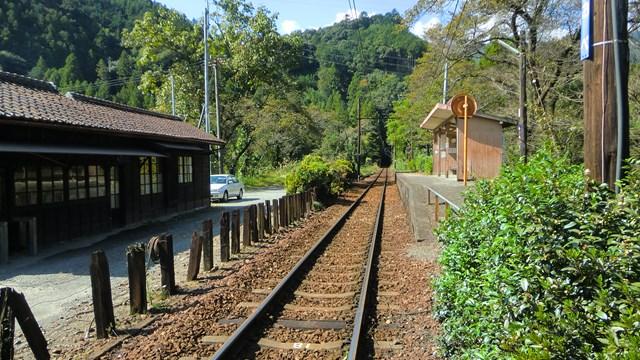 青部駅近くから眺めた金谷方面の景色