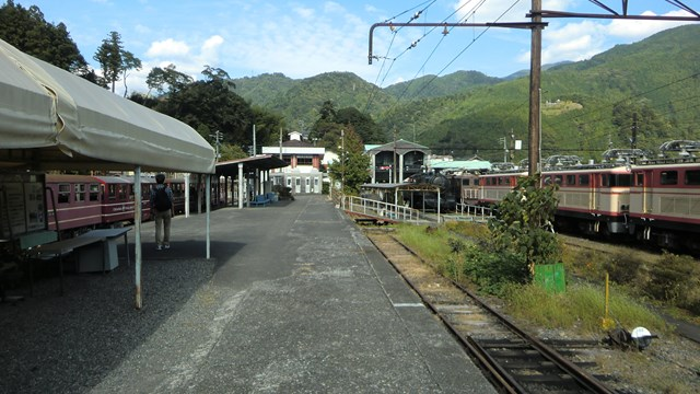 千頭駅の井川線のホーム