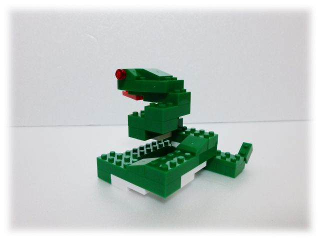 nanop_snake_02.jpg