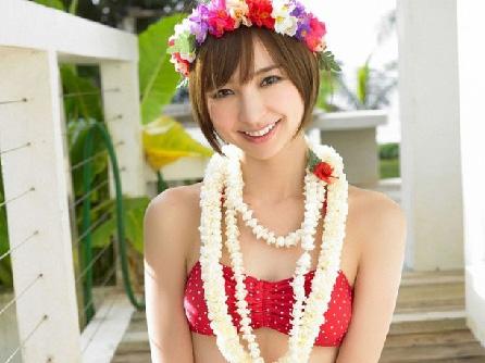 AKB48麻里子様こと篠田さんスタイル良すぎわろたwww