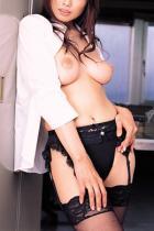 着エロ制服OLお姉さんエッチな裸体で社内営業する挿入エロ画像