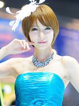 去年のモーターショー@韓国でショートボブの超絶美人な天使が舞い降りていた模様