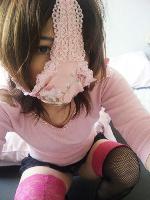 パンツを被ったお姉さんの下着エロ画像
