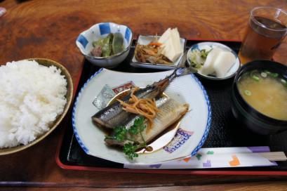 本日の日替わり 煮魚定食(ご飯大盛り)