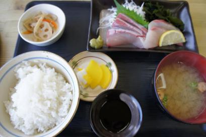ブリお刺身定食600円