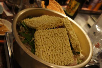 シメのチゲ麺
