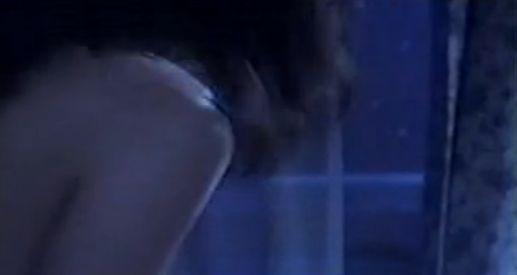 【小田かおる】汗だくで身悶える全裸濡れ場シーン