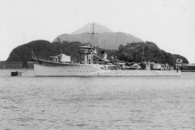 IJN_torpedo_boat_CHIDORI_in_1933.jpg