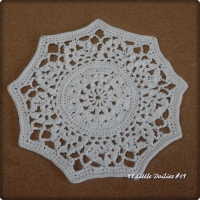 99 Little Doilies #19