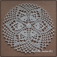 99 Little Doilies #22
