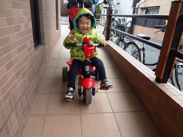 三輪車練習
