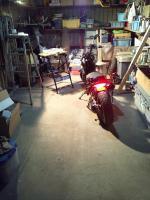 篭ってる車庫