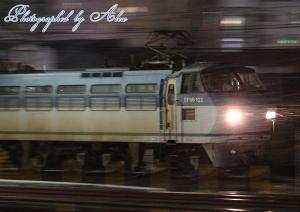 5056レ(=EF66-122牽引)