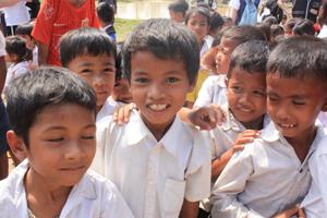 タケオでの小学校の子供