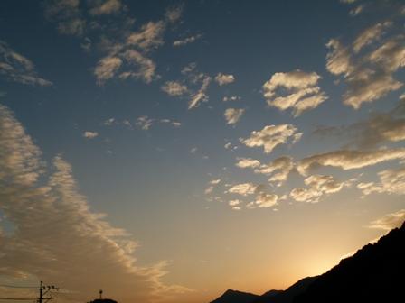 2012.10.14山と雲 012