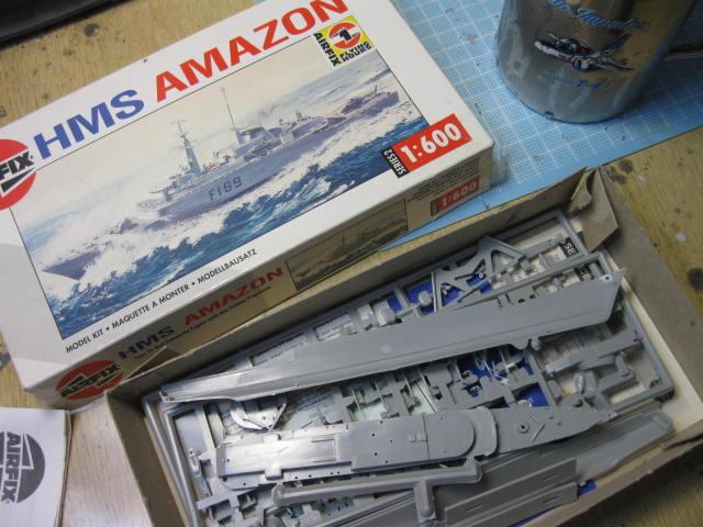HMS AMAZON の1