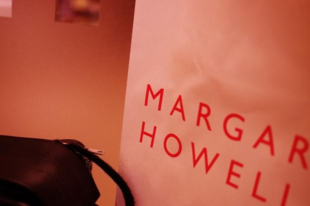 マーガレットハウエルでご購入!