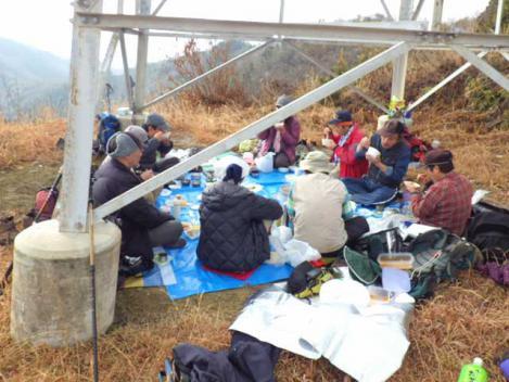 城ケ峰縦走-22-lunch01
