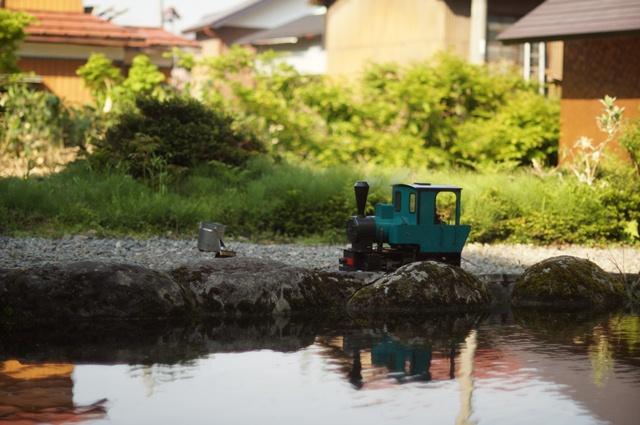 十日町のとある池の畔と、フォルテVer.MAZDA、走ってる?