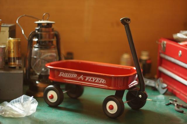 完成、ラジオフライヤー リトルレッドワゴン モデル #5