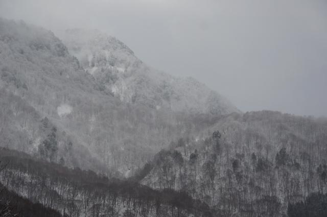 冬の秋山郷